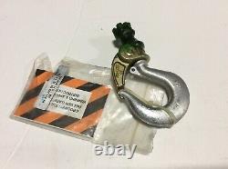 CROSBY HK BULLARD GG 3D 1.4 TON. 56X 1.16 PL With NUT LOT OF 2